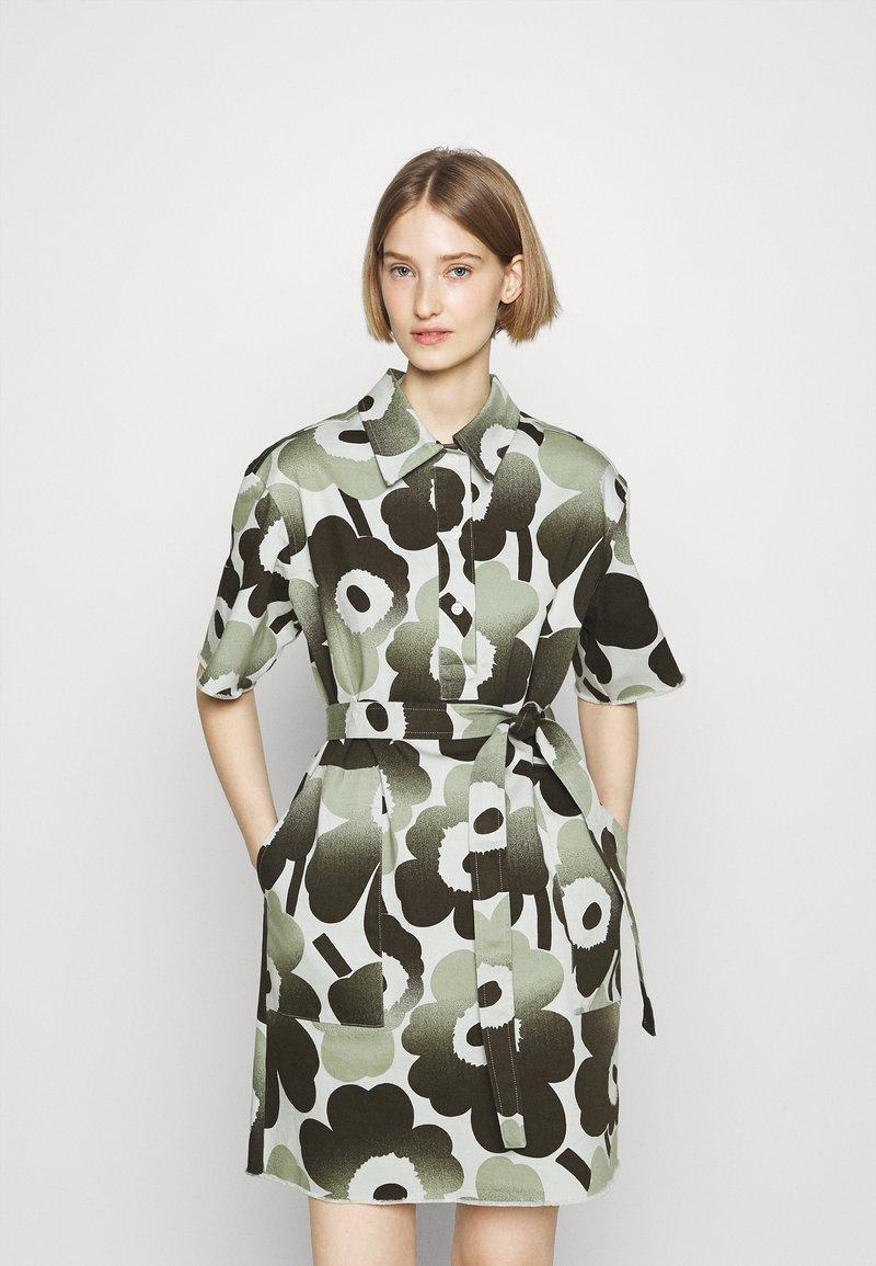 Marimekko - HEINIKKÖ PIENI UNIKKO DRESS - Shirt dress - green/dark green