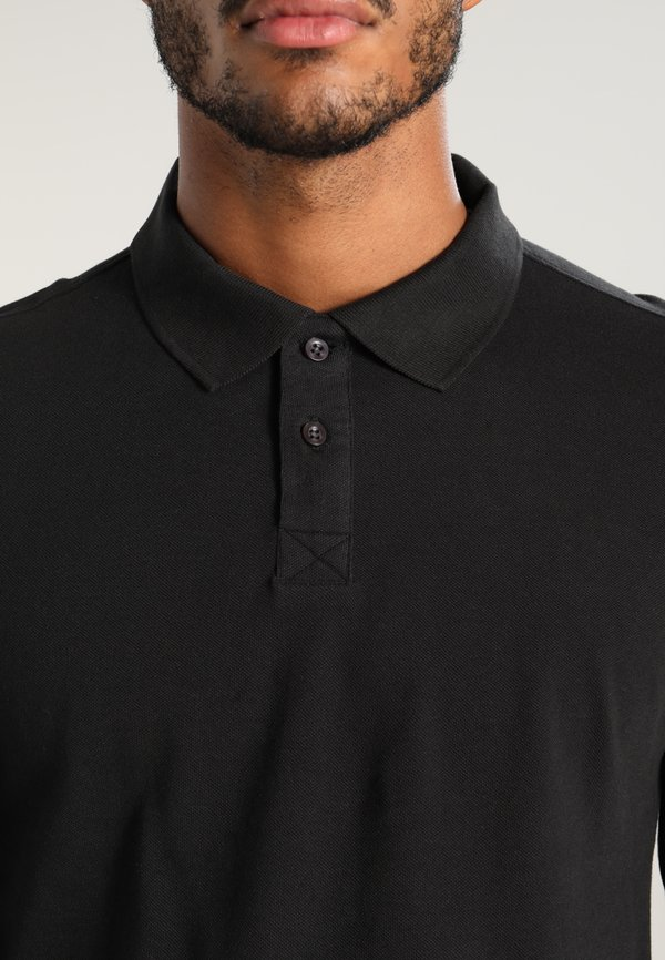 Pier One Koszulka polo - black/czarny Odzież Męska XKCG
