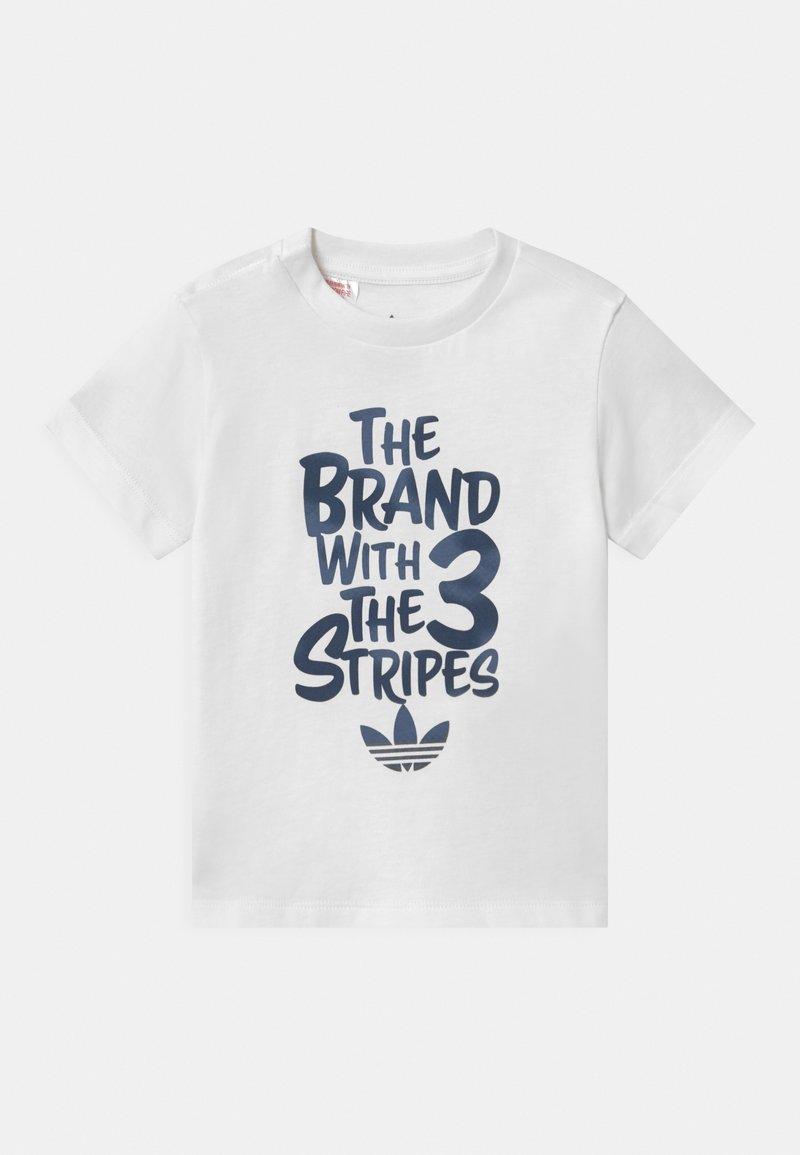 adidas Originals - UNISEX - Camiseta estampada - white