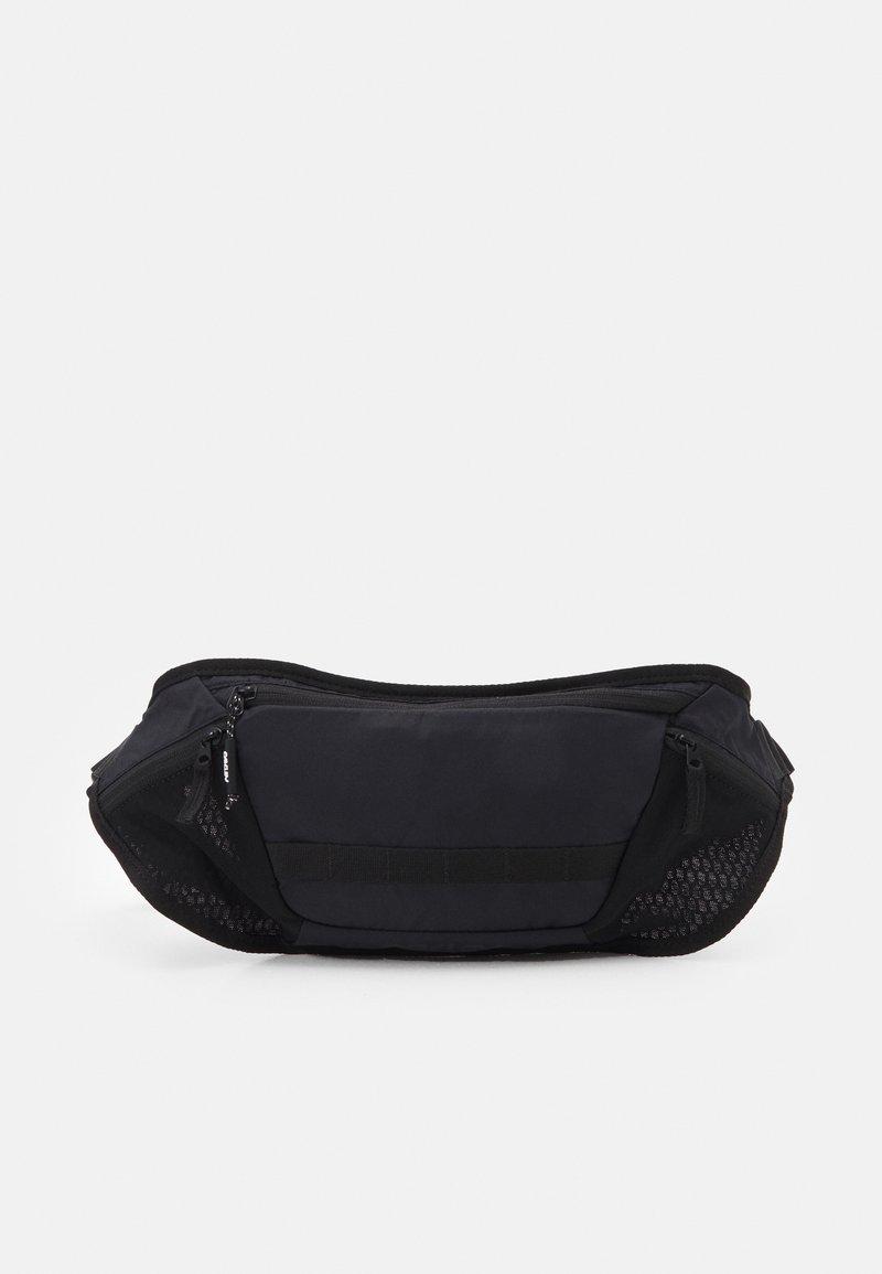 Oakley - BELT BAG UNISEX - Bum bag - blackout