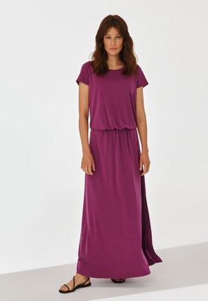 JASMI - Maxi dress - plummy purple