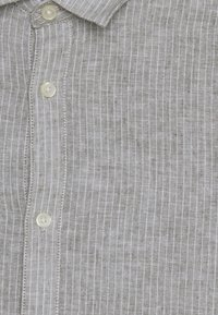 Only & Sons - ONSCAIDEN STRIPE - Shirt - olive night - 5