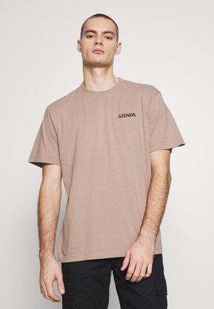 NO TOMORROW RETRO FIT TEE - T-shirt imprimé - sand
