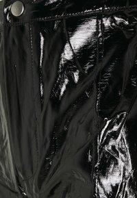 Missguided Tall - SHINY TROUSER - Kalhoty - black - 2