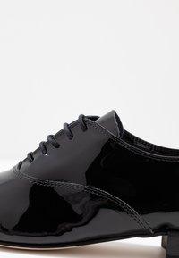 Repetto - ZIZI - Šněrovací boty - noir - 2