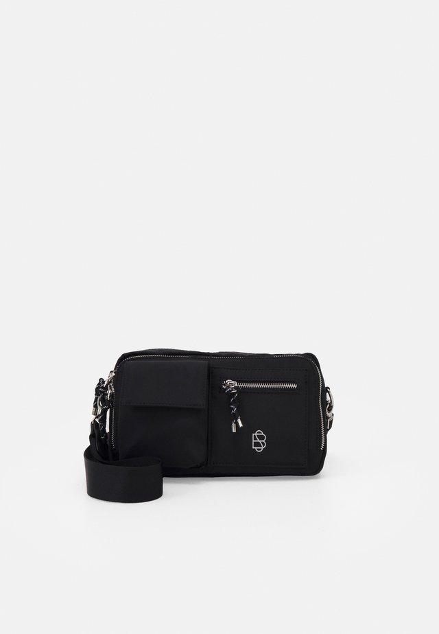 RELON INGA BAG - Across body bag - black