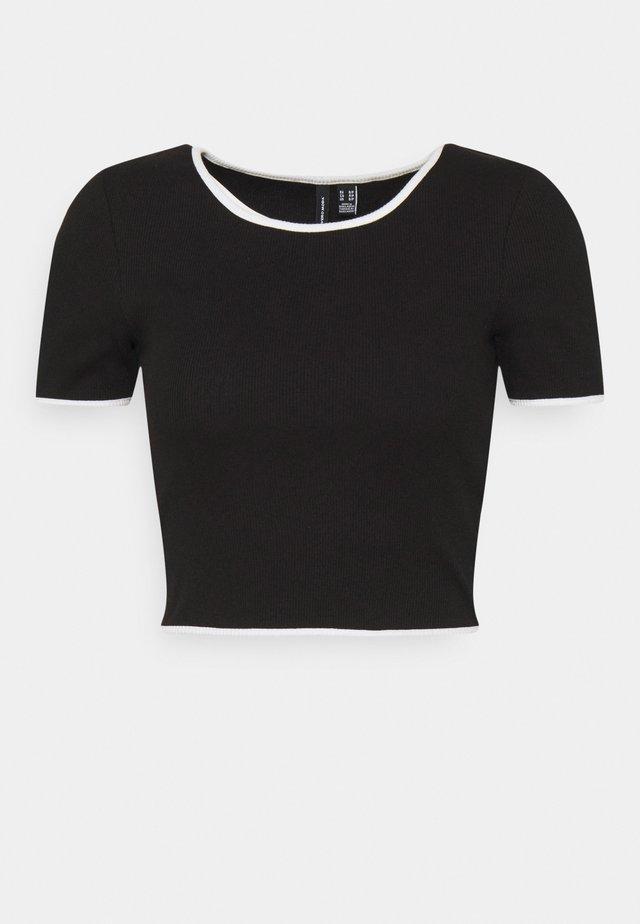 VMNEWAVA CONTRAST  - Basic T-shirt - black/snow white