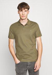 Calvin Klein - REFINED LOGO SLIM - Polo - green - 0