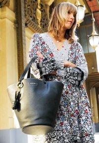 See by Chloé - CECILIA Big tote - Handbag - black - 2