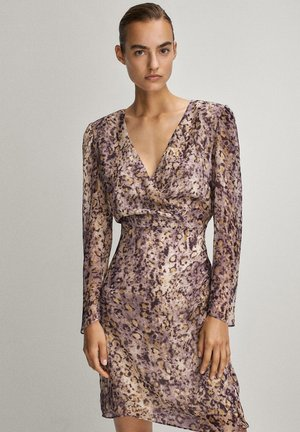 MIT V-AUSSCHNITT - Day dress - dark purple