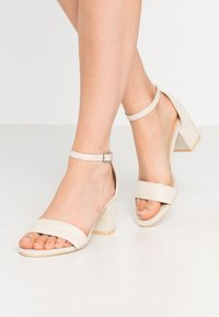 Nly by Nelly - LOW BLOCK  - High heeled sandals - beige - 0