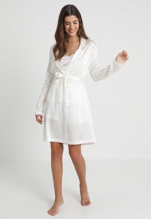 REWARD SHORT ROBE - Dressing gown - off-white