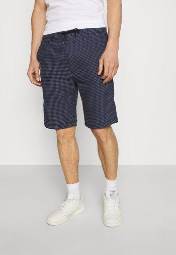 TRAVIS RANGER ELASTICATED - Shorts - china blue