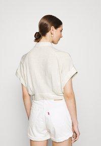 YAS - YASVIRO TIE SHIRT - Button-down blouse - eggnog - 2