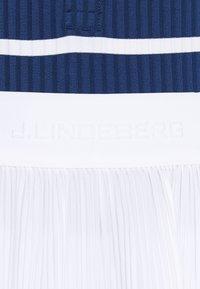 J.LINDEBERG - SAGA PLEATED GOLF SKIRT 2-IN-1 - Sports skirt - white - 5