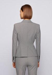 BOSS - JULYA - Blazer - patterned - 2