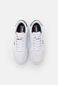Tommy Jeans - BASKET - Trainers - white - 3