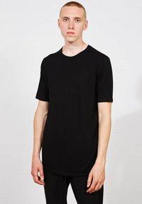 Thom/Krom - Basic T-shirt - schwarz - 0