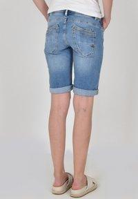 Buena Vista - Denim shorts - denim repair - 1