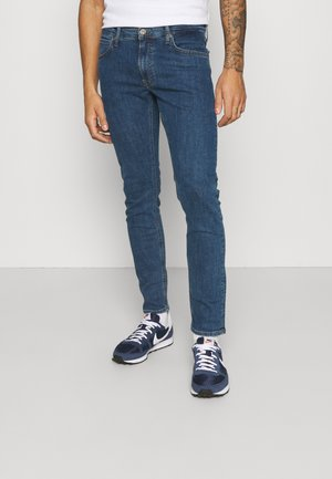 LUKE - Slim fit jeans - mid stone wash
