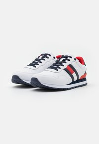 Tommy Jeans - LIFESTYLE  RUNNER - Trainers - white - 1