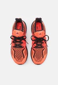 adidas Performance - ULTRABOOST 5.0 DNA BOOST PRIMEKNIT UNISEX - Sneakers basse - solar red/core black - 3