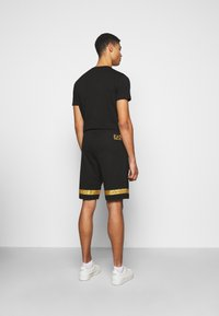 EA7 Emporio Armani - Short - black/gold - 2
