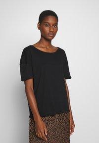 American Vintage - CHIPIECAT - Basic T-shirt - noir - 0