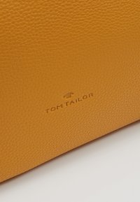TOM TAILOR - MARLA - Kabelka - yellow - 6