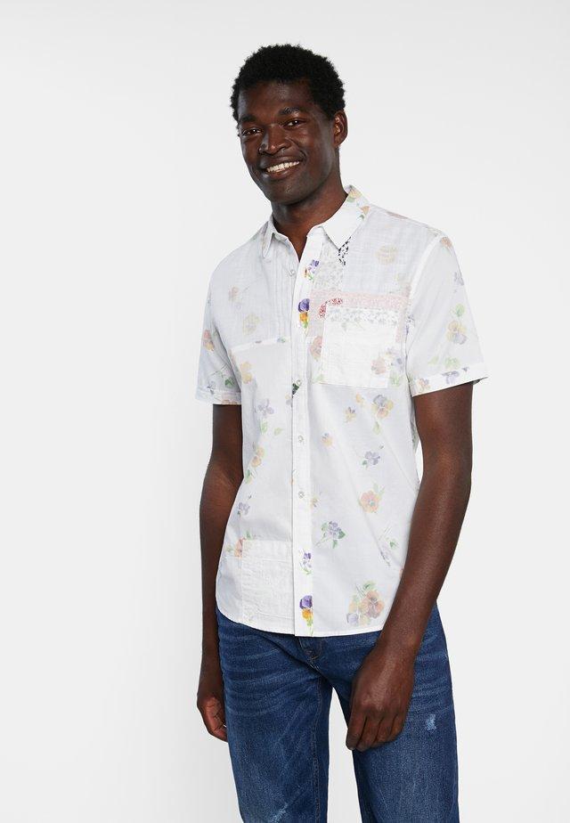 CAM AGAPITO - Overhemd - white