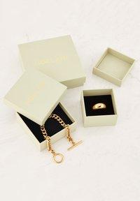 NOELANI - Necklace - gold - 3