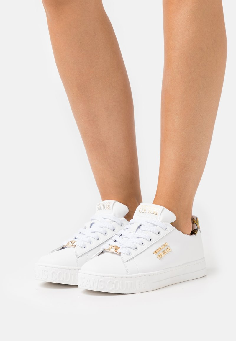 Versace Jeans Couture - Trainers - bianco