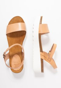 Grand Step Shoes - EDEN - Platform sandals - sand - 3