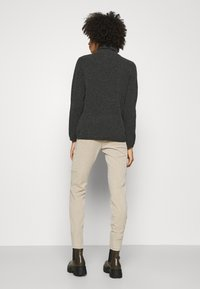 comma casual identity - HOSE LANG - Chinos - sand - 2