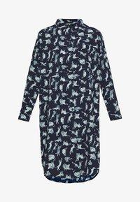 Monki - TOMI DRESS - Košilové šaty - blue - 4