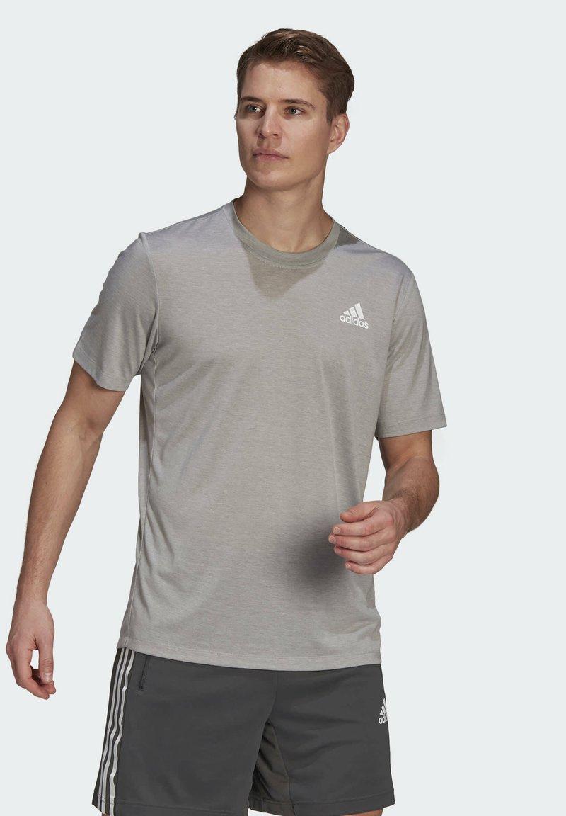 adidas Performance - Basic T-shirt - medium grey heather/white