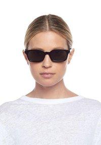 Le Specs - CARMITO - Sunglasses - black - 0
