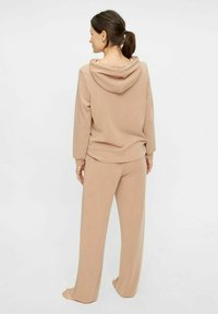 Pieces - Tracksuit bottoms - warm taupe - 2
