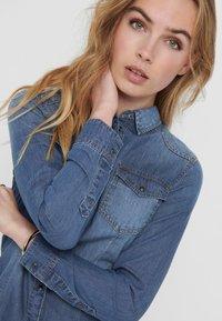 ONLY - Skjorte - medium blue denim - 3