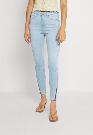 SCARLETT HIGH ZIP - Jeans Skinny - vintage light