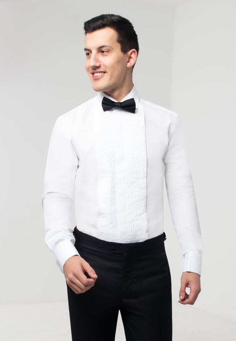 dobell - Zakelijk overhemd - white