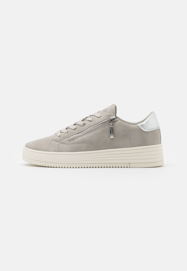 CAMBRIDGE  - Zapatillas - light grey