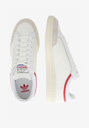 AMERICANA LOW - Trainers - ftwr white/glory red/chalk white