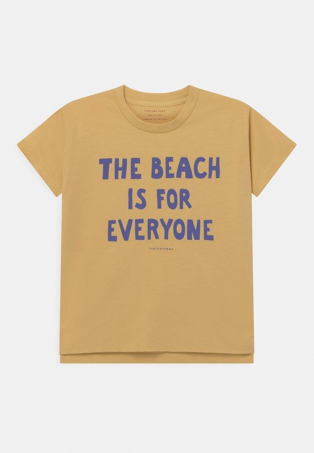 MANIFESTO UNISEX - T-Shirt print - yellow