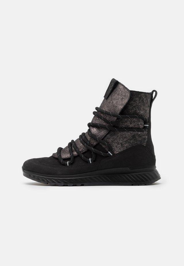 Zimní obuv - black