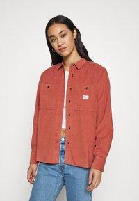 Lee - FEMININE WORKER - Button-down blouse - burnt ocra - 4