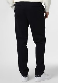 Tommy Hilfiger - Trousers - marine - 1