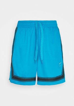 FLY CROSSOVER SHORT - Sports shorts - laser blue/metallic silver