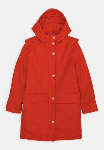 HAPPY COW - Classic coat - spicy red