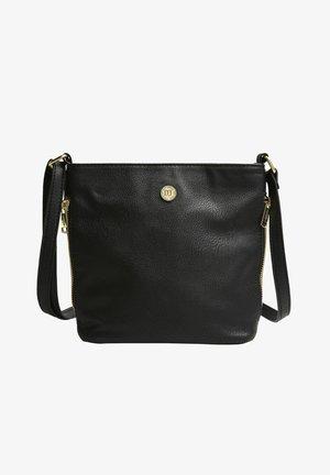 NADJA - Shoppingveske - black